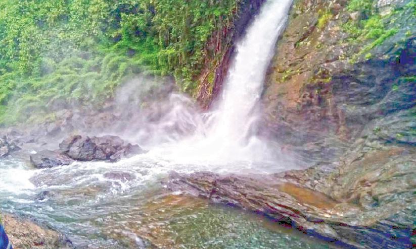soochipara water falls