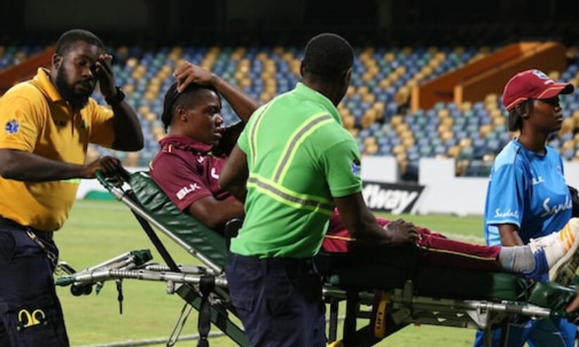 Within 10 minutes, two cricketers collapsed on the ground;  Officials without stopping the competition    Two West Indies Players Collapse on Field within a span of 10 minutes;  Match Goes on