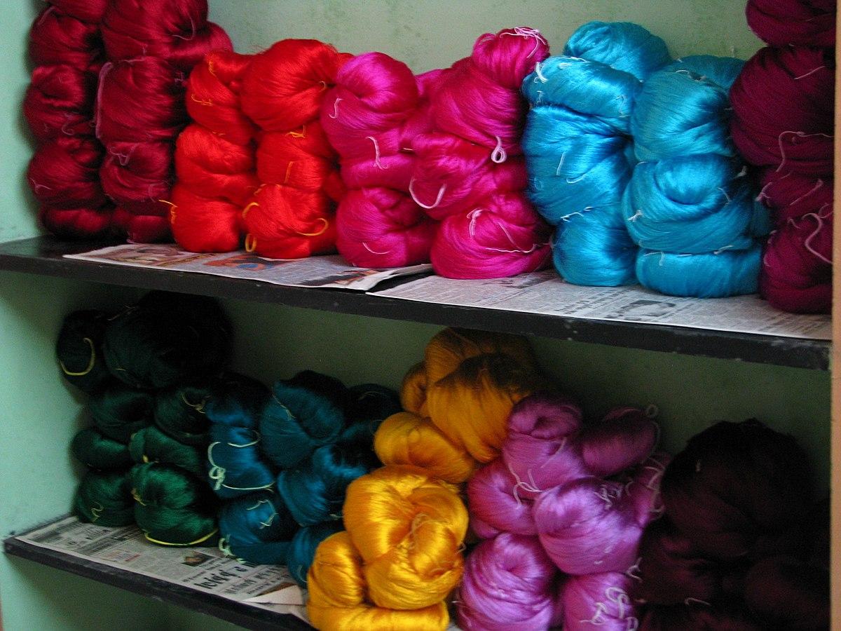 Silk_yarn
