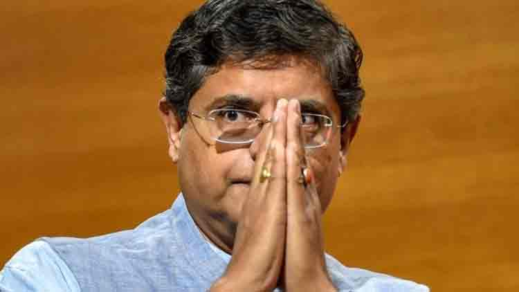 ബോളിവുഡിലെ ചിലർക്ക് ഐ.എസുമായി ബന്ധം; ആരോപണവുമായി ബി.ജെ.പി നേതാവ്