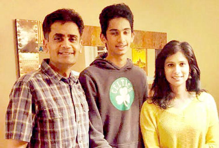 Gita-Gopinath-with-hus-Iqbal-and-son-Rohil
