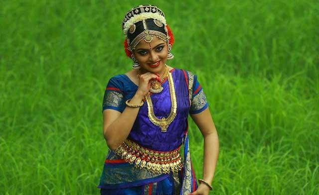 Nikhila-dance