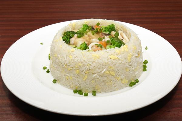 SEA-FOOD-RICE-IN-OYSTER-SAU