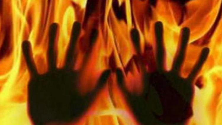 തെലങ്കാനയിൽ റവന്യൂ ഓഫിസിന് തീയിടാൻ ശ്രമം; ജീവനക്കാർ പ്രതിയെ കീഴടക്കി