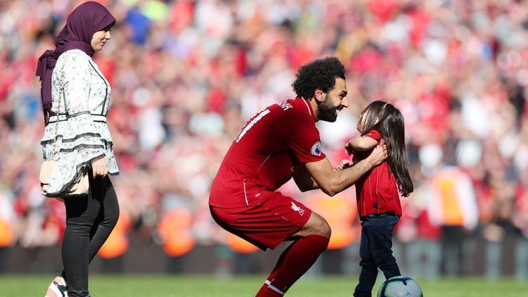 Salah-and-daughter