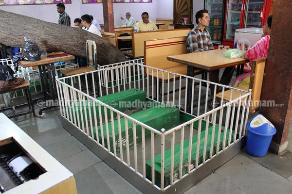 khabarsthan hotel