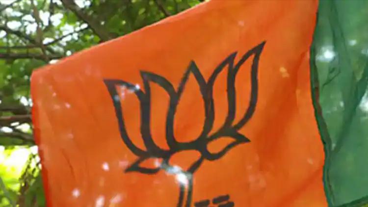 പശ്ചിമ ബംഗാളിൽ ബി.ജെ.പി എം.എൽ.എ തൂങ്ങിമരിച്ച നിലയിൽ; കൊലപാതകമെന്ന് പാർട്ടി