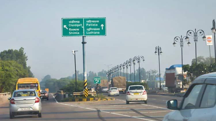 പഞ്ചാബിൽ മരിച്ചയാളിൽനിന്ന് കോവിഡ് പകർന്നത് 23 പേർക്ക്; ബന്ധപ്പെട്ടത് നൂറുകണക്കിനാളുകളെ... അടച്ചത് 15 ഗ്രാമങ്ങൾ