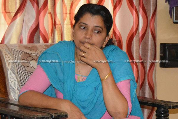 dhanaraj-sister