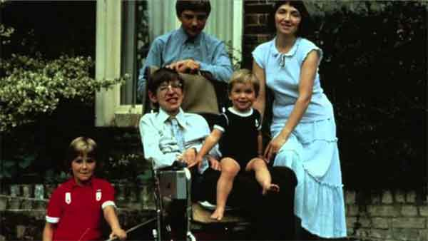 family-of-hawking