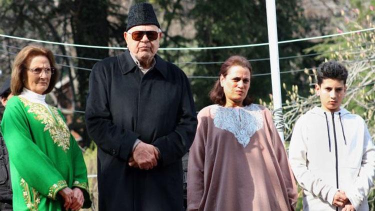 'ഞാൻ സ്വതന്ത്രൻ, ഡൽഹിയിൽ കശ്മീരിന് വേണ്ടി ശബ്ദിക്കും '  -ഫാറൂഖ് അബ്ദുല്ല
