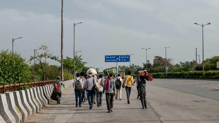 ഇന്ത്യയിൽ 40 കോടി തൊഴിലാളികൾ ദാരിദ്ര്യത്തിലേക്കെന്ന്