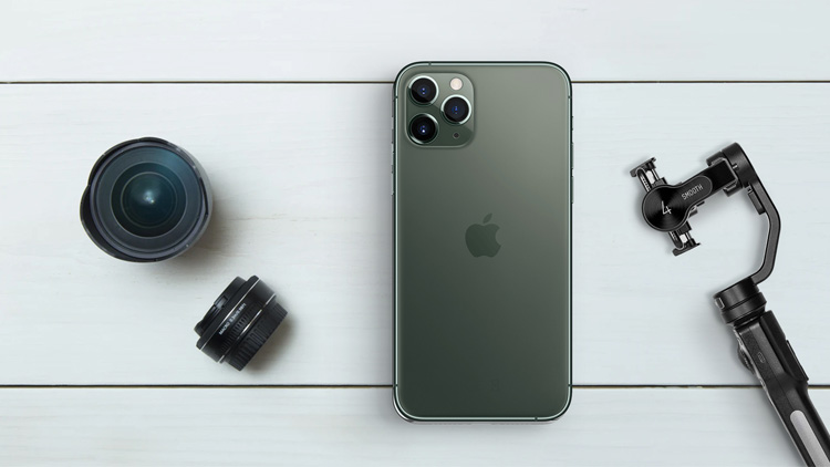 iphone-11-pro-with-gimbal