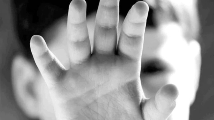 സംസാരശേഷിയില്ലാത്ത ദമ്പതികളുടെ മകനെ തട്ടിക്കൊണ്ടുപോകാൻ ശ്രമം