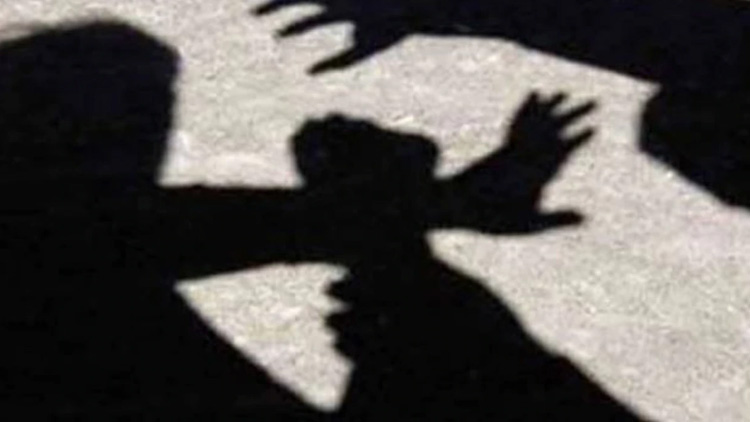 കോടതി ബഹിഷ്കരണത്തെ ചൊല്ലി അഭിഭാഷകർ തമ്മിൽ സംഘർഷം; രണ്ട് പേർക്ക് പരിക്ക്