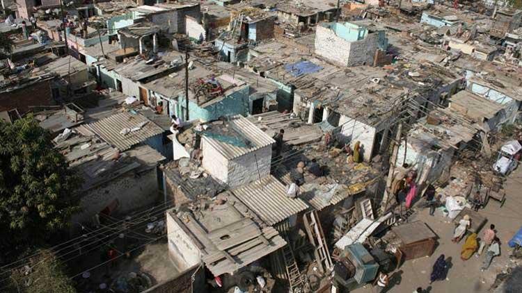 മുംബൈയിലെ ചേരികളിൽ നാലുപേർക്ക് കൂടി കോവിഡ്