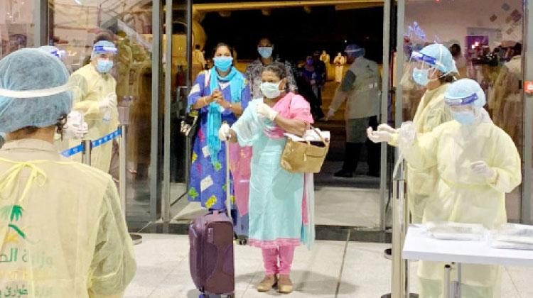 മലയാളികളുൾപ്പെടെ 213 ഇന്ത്യൻനഴ്സുമാർ സൗദിയിൽ തിരിച്ചെത്തി
