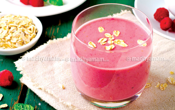 oats-strawbeery-smoothie