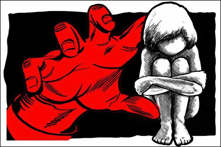 ഉറങ്ങിക്കിടന്ന ബാലികയെ  തട്ടിെക്കാണ്ടുപോയി ബലാത്സംഗം ചെയ്തു