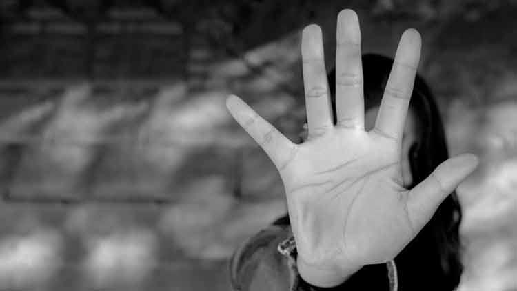 ചെവിവേദനയുമായി ക്ലിനിക്കിലെത്തിയ യുവതിക്കുനേരെ മാനഭംഗ ശ്രമം; ഡോക്ടർ റിമാൻഡിൽ