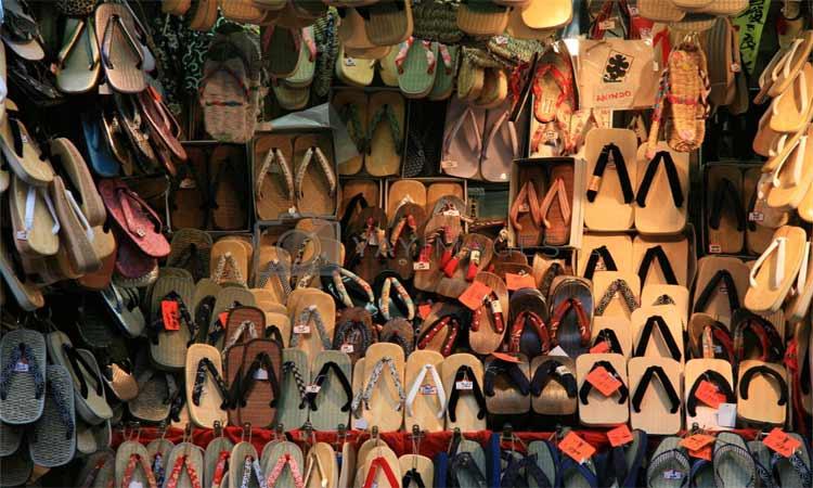 sandal-shop.jpg