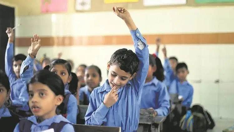 സ്കൂൾ വിദ്യാഭ്യാസ ഫണ്ട് കേന്ദ്രം വെട്ടിക്കുറക്കുന്നു