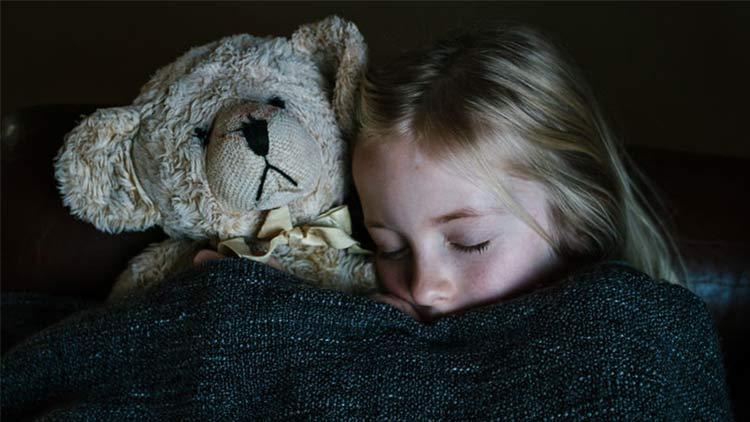 sleeping-girl-2.jpg