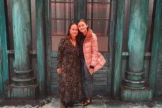 Alia bhatt with mother
