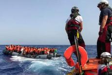 Migrants-120919.jpg