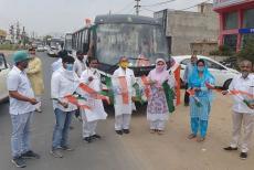 Priyanka-Gandhi-arranges-buses