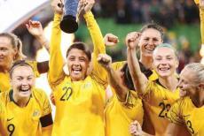 australian-women-football-team.jpg