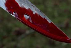blood-knief-101019.jpg