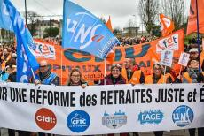 france-pension-protest