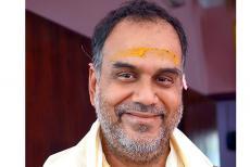 guruvayur-temple-priest