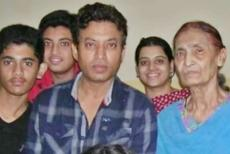 irfan-khan-with-family