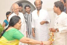 rajanikanth-gifted-home