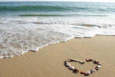 seashore-love.jpg