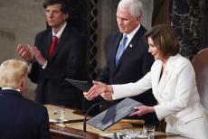 trump-refuses--Pelosi's-shake-hand
