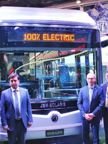 electricc-bus in auto expo