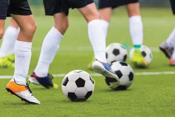 football-practice-170819.jpg