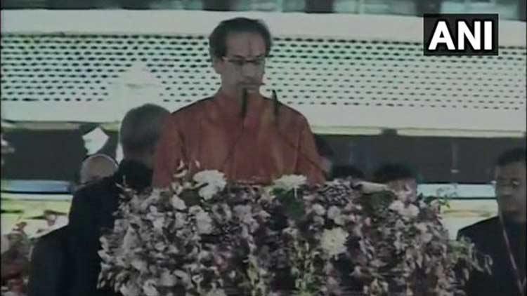 മഹാരാഷ്ട്ര: ഉദ്ധവ് താക്കറെ മുഖ്യമന്ത്രിയായി സത്യപ്രതിജ്ഞ ചെയ്തു