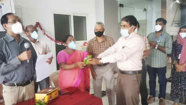 കോവിഡ് ചികിത്സ: മാനന്തവാടിജില്ല ആശുപത്രിയില് പ്ലാസ്മ ബാങ്ക് തുടങ്ങി